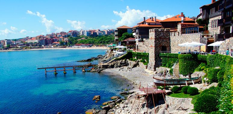 переезд пенсионеров в болгарию